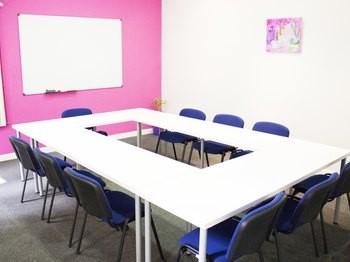 aula Serrano 6